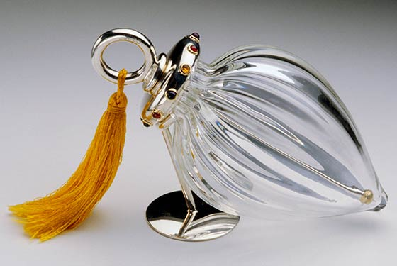 Perfume vessel